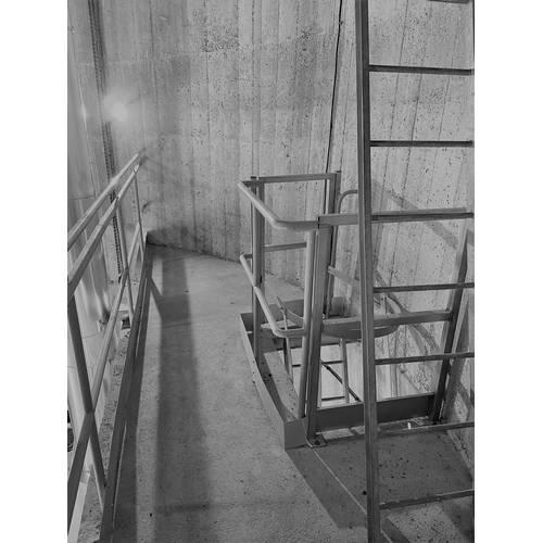 équipement cuve pour château d'eau